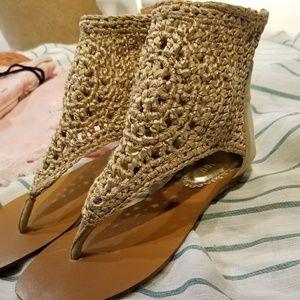 Mod Bamboo tan woven sandals